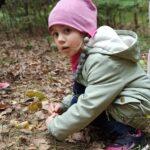 Zdjęcie przedstawia dzieci z okazji pierwszego dnia jesieni